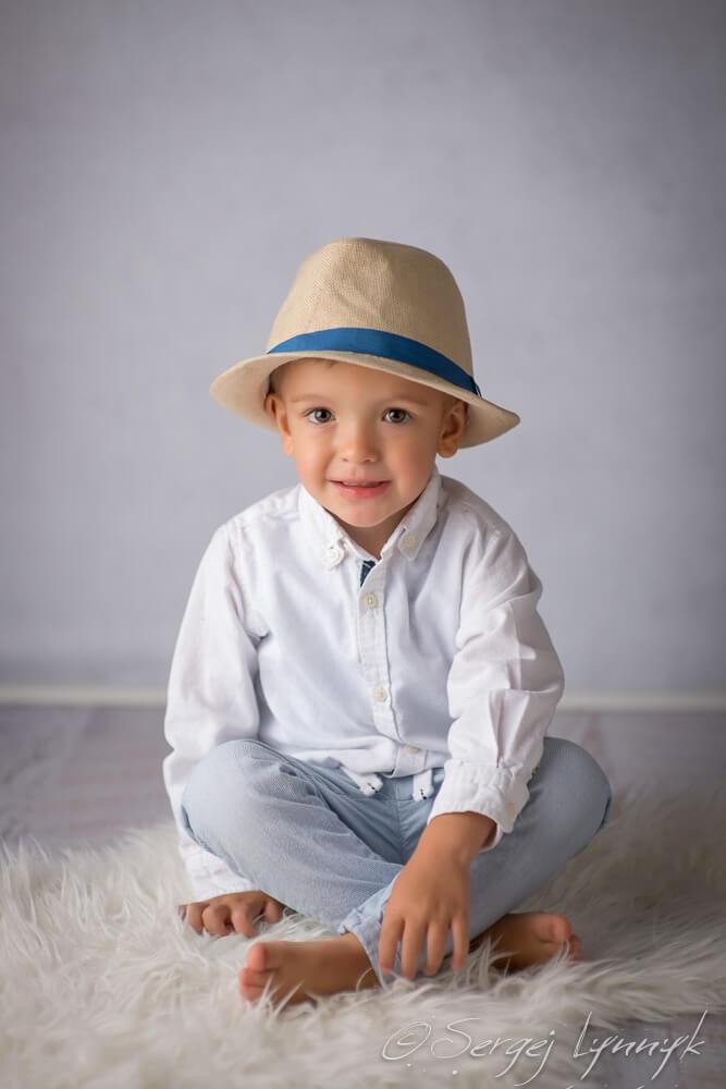 ist es möglich einen Babyfotograf in Frankfurt zu finden